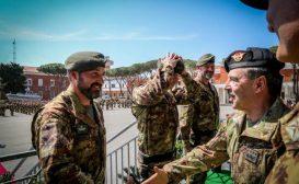 Consegnato il basco grigio–verde agli incursori dell'Esercito