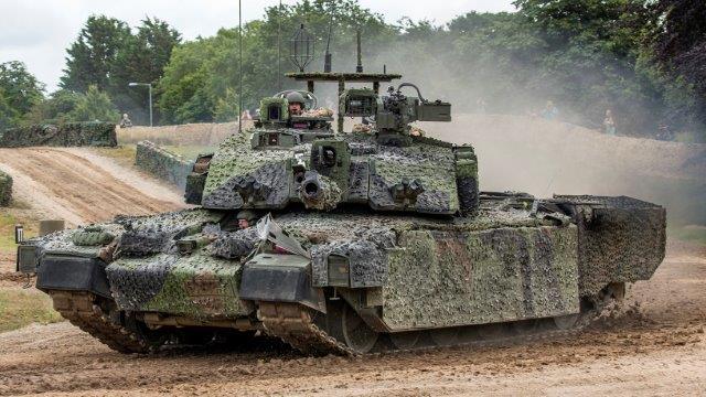 tanks_challenger_2_camouflage_british_529046_2560x1440