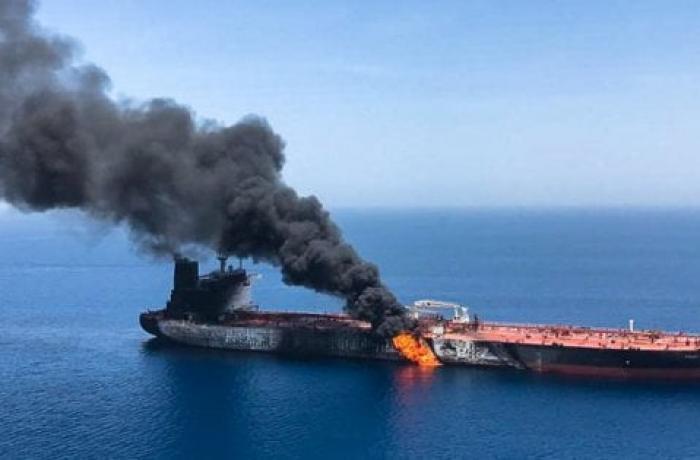 IRAN_-_STATI_UNITI_-_attacco_navi_golfo