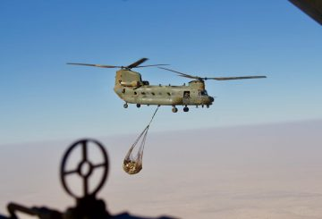 22 Dec 18 Mali Op NEWCOMBE CH47 RAF CH47 Chinook Helicopter demonstrating underslung load carrying capacity in support of French Operations. Sent from Mail for Windows 10