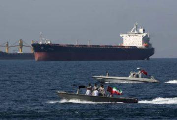 petroliere-saudite-attaccate-golfo-persico-768x432