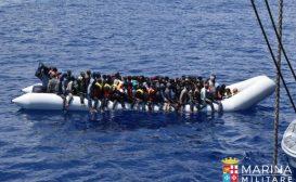 """I """"porti chiusi"""" sono un successo e i migranti vanno in Libia per lavorare"""