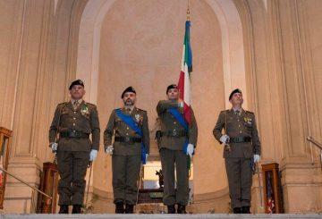 2 - Prelevamento della Bandiera di Guerra del reggimento logistico Sassari dal Sacrario delle Bandiere delle Forze Armate al Vittoriano di Roma (002)