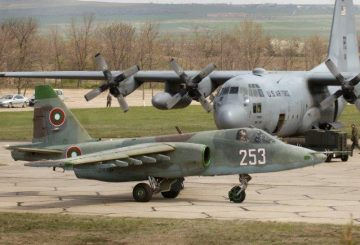 4_Su-25_BAF_Wikimedia (002)