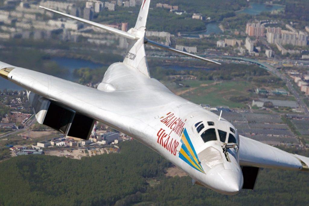 Tupolev_Tu-160__Valeriy_Chkalov__0-1024x683