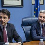 Un silenzio fragoroso circonda l'adesione (senza dibattito) dell'Italia alla EI2