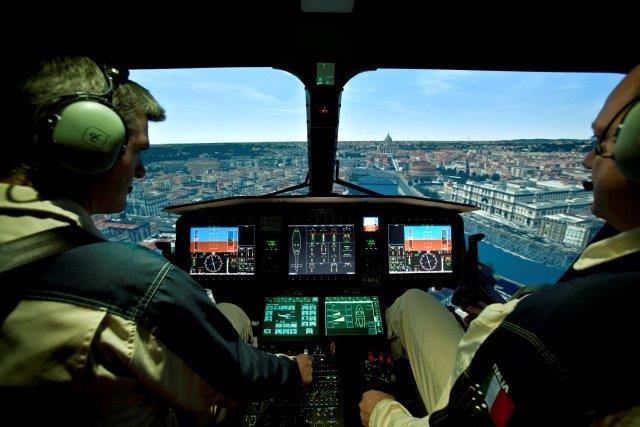 AW169 simulator (002)