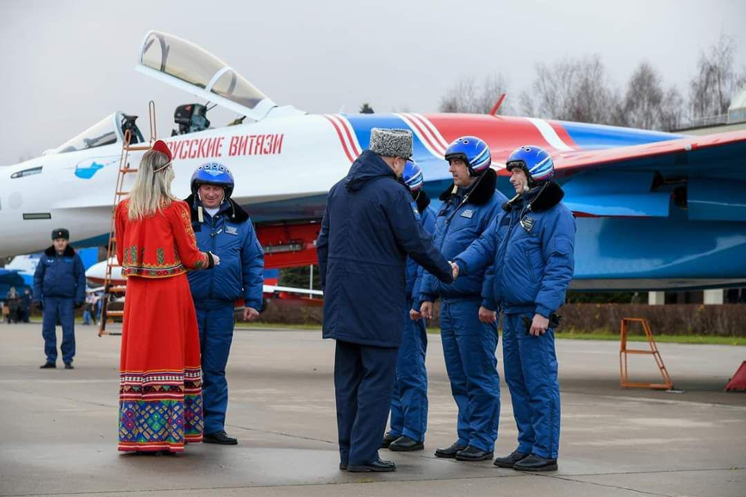 1RusKni_Su-35_MoDRusso (002)