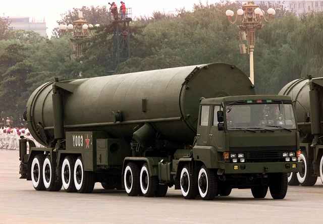 DF-31_ICBM_intercontinetal_ballistic_missile_China_Chnese_army_PLA_defense_industry_military_technology_640_003