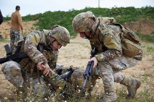 3 combat medical evacuation avvicinamento al ferito (002)