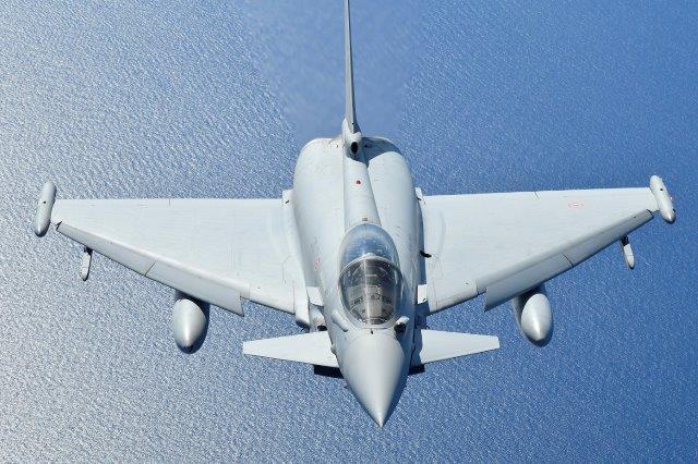 Italian_Air_Force_Typhoon (002)