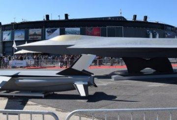 FCAS_NGF_mock-up_at_Paris_Air_Show_2019_(1)