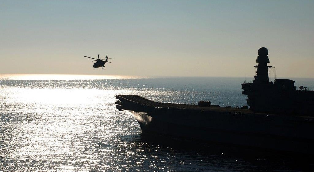 EUNAVFOR-MED-naval-and-heli-002