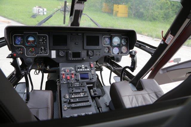 AV8A2673-min