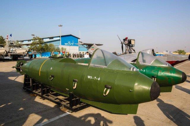 IRGC-Navy-boats-10