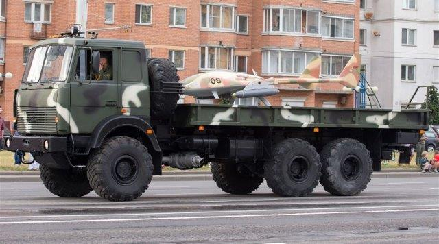 Local-made_Burevestnik-MB_armed_drone_in_service_with_Belarus_army_925_001