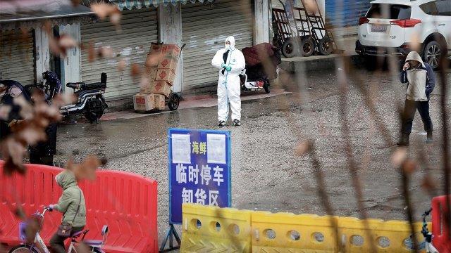 Wuhan_Coronavirus_market_hazmat_1280x720_1