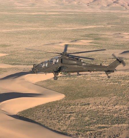 3. Elicottero AH-129 in attività (002)