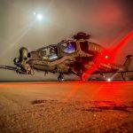 4. Elicottero AH-129 in attività notturna (002)