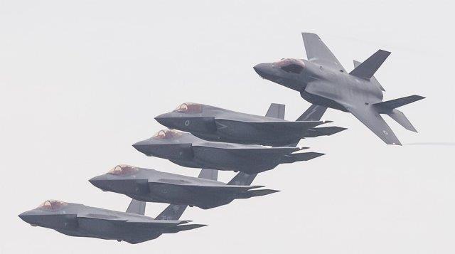 Addestramento congiunto RAF e F35 (2)