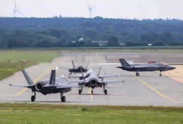 Addestramento congiunto RAF e F35