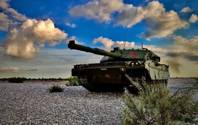 2. Carro Ariete in una fase dell'addestramento (002)