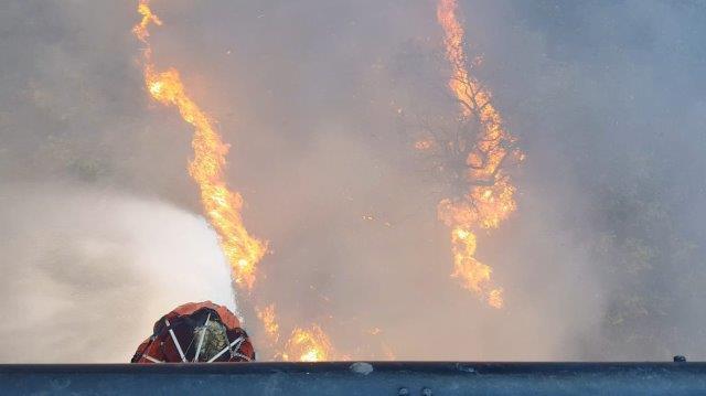 5 Lancio d'acqua sul fuoco (002)