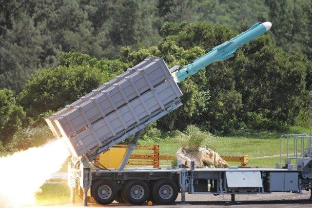 Taiwanese Hsiung Feng IIE Anti-Ship Cruise Missile Coastal Defence System (1)