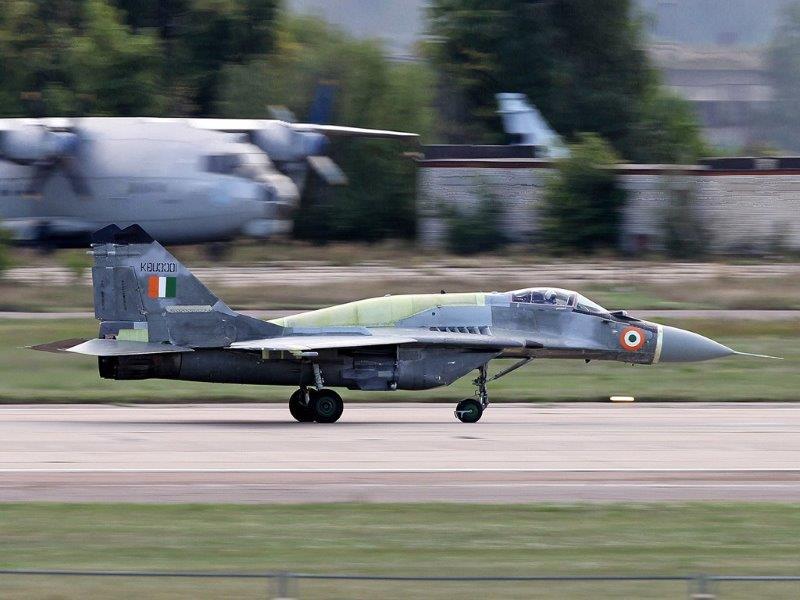 1_MiG-29UPG_IAF_Rostech (002)