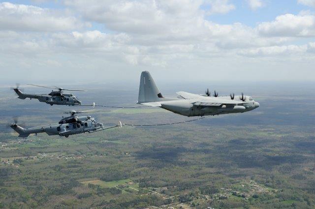 Rifornimento di C130J ad elicotteri francesi980