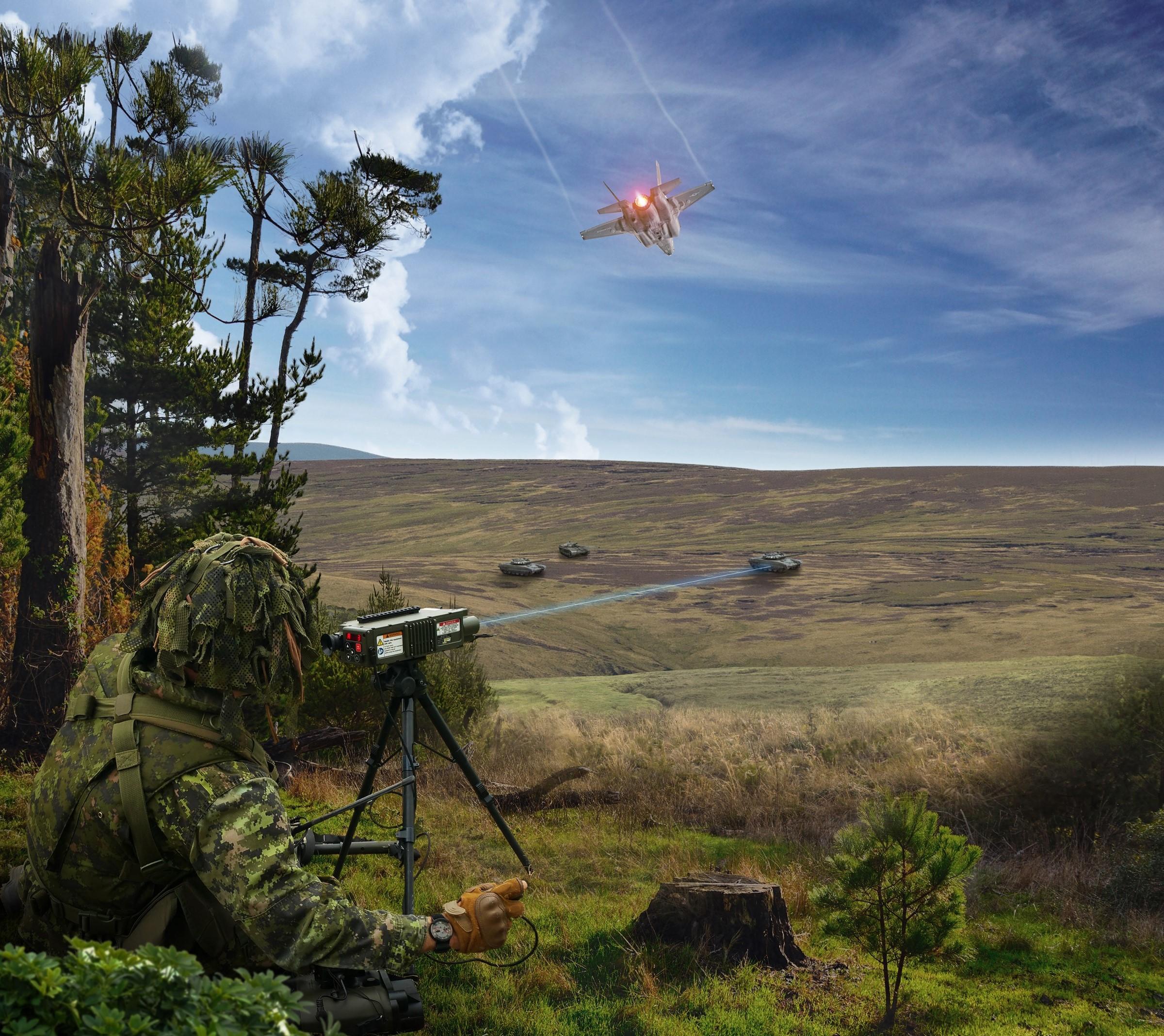 _Type 163 laser target designator LTD_ (002)