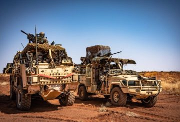 Nice Shot of French made Technamm's VPS2 & Estonian's Supacat Jackal vehicules in Mali ; deployed in European Special Forces Task Force Takuba (