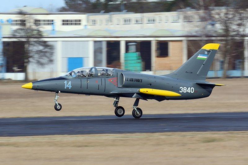 l-39c_uzbek-air-force_aero-vodochody