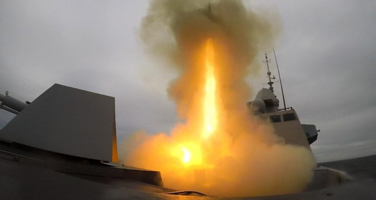 Formidable-Shield-2019-French-Navy-FREMM-Frigate-Intercepts-Supersonic-Target-770x410
