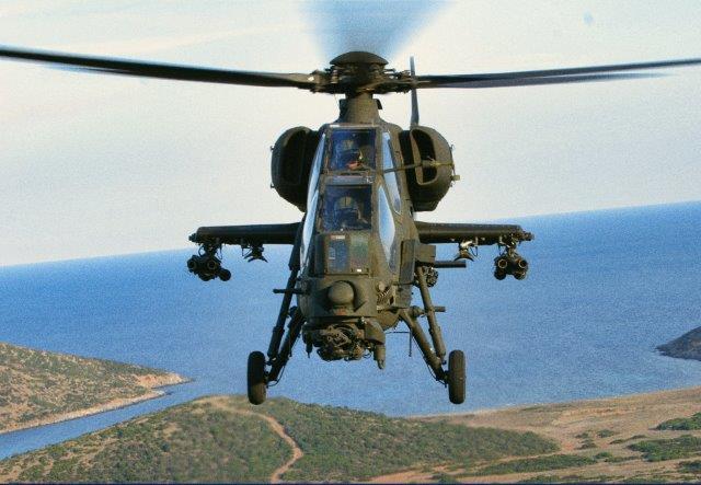 Foto 4 Elicottero AH-129 (002)