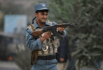 working_routine_of_afghan_national_police_640_02