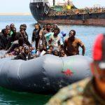 Emergenza migranti: l'Italia scelga da che parte stare