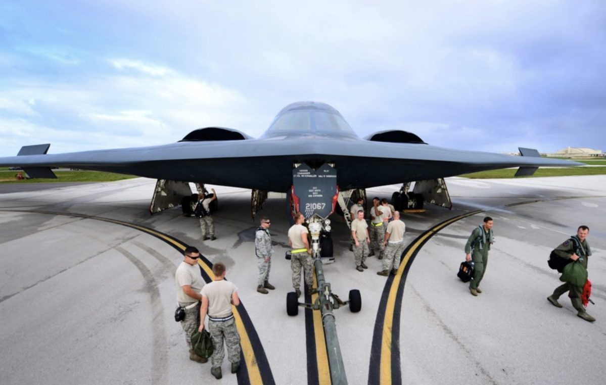US-Bombers-Guam-Soldiers-e1588050894120