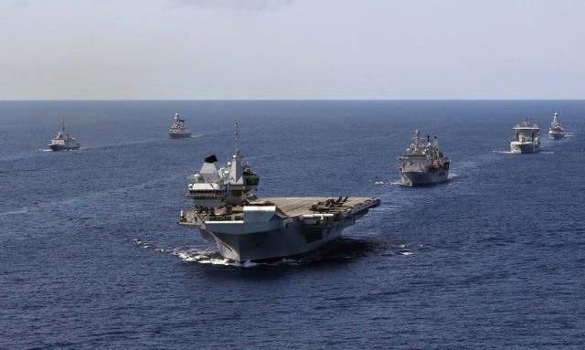 Mar Cinese Meridionale: portaerei che va, portaerei che viene