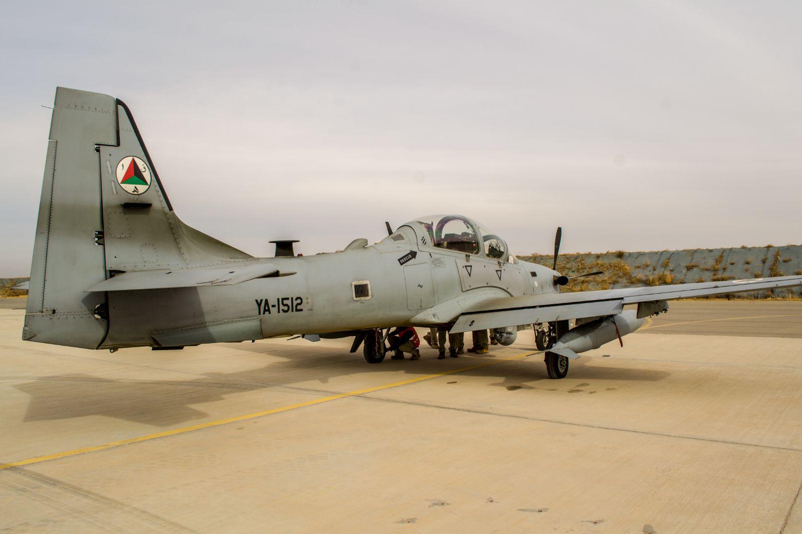 A-29 SUPER TUCANOPRIMA DEL DEL DECOLLO PER L'ESERCITAZIOME DI COORDINAMENTO AEREO (2) (002)
