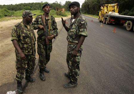 Angola_police