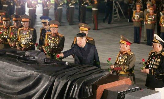 rodong-jul27-kju-Fatherland-Liberation-War-Martyrs-Cemetery-pak-jong-chon-kwon-yong-jin-ri-yong-gil-1-535x325